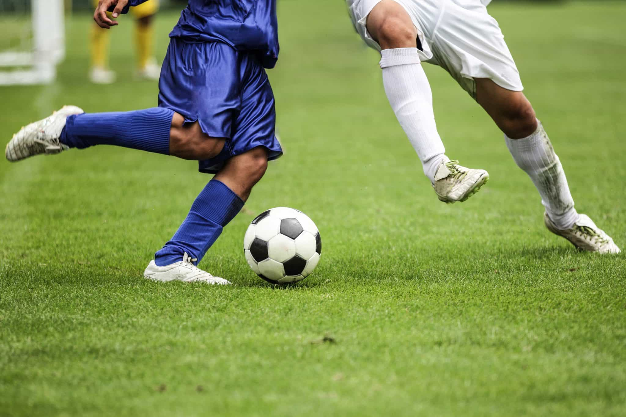 How to Defend in Soccer - A Soccer Player's Complete Guide